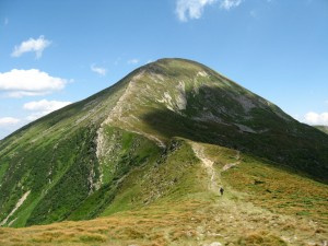 hoverla-mountain