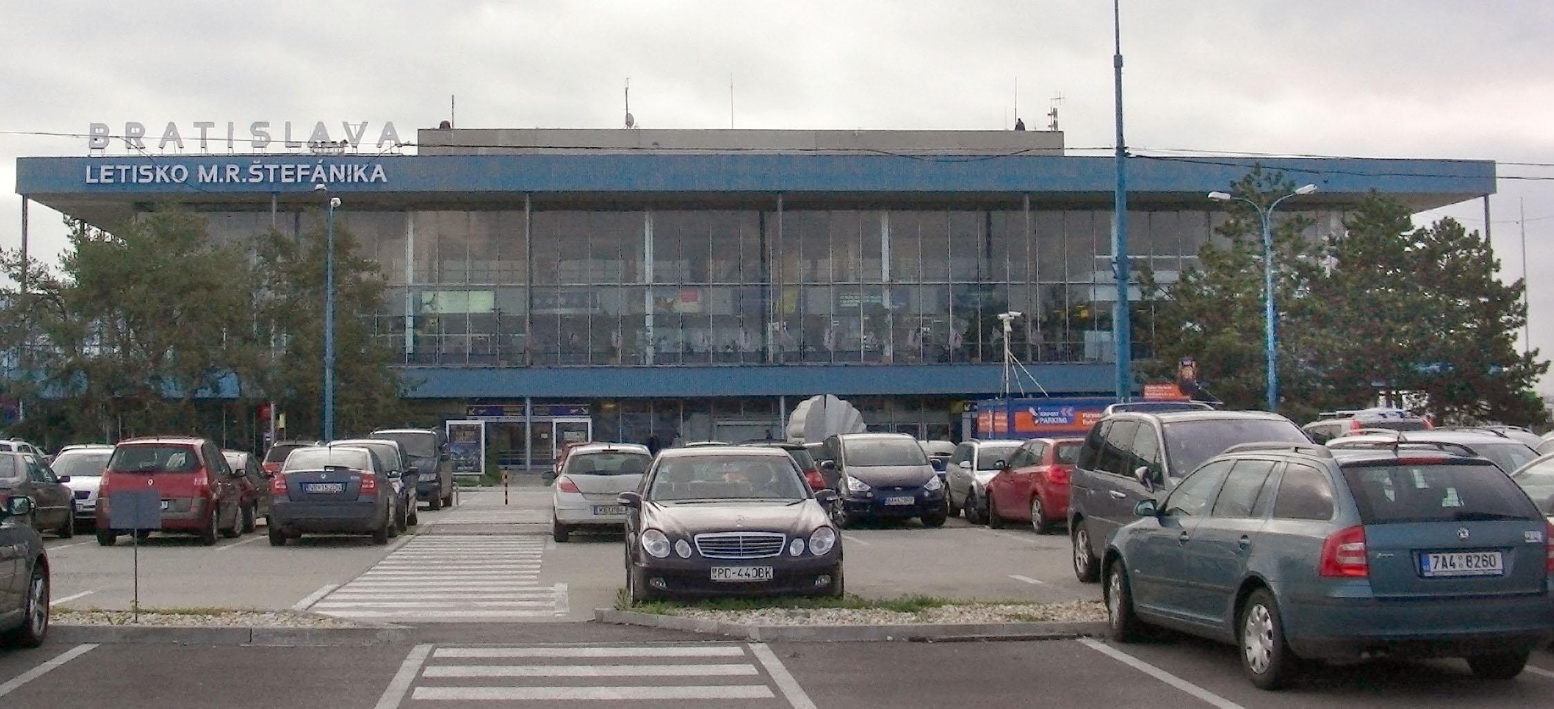 bratislava-airport