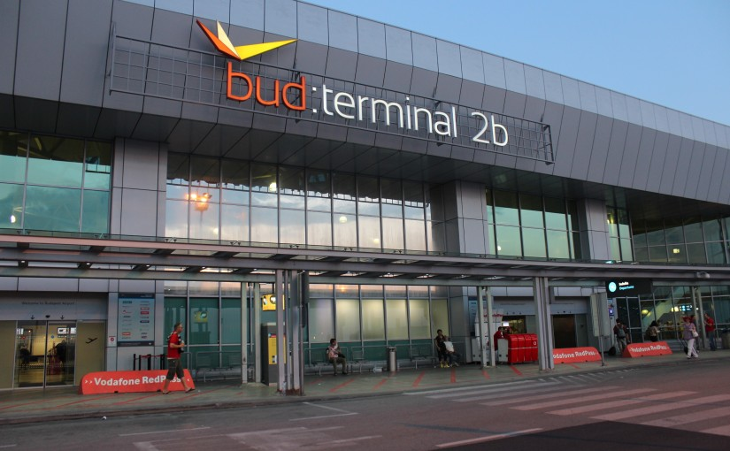 budapest-airport-terminal