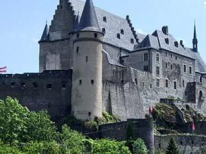 vianden-castle-in-luxembourg